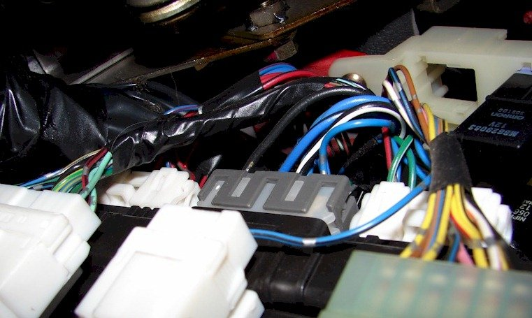 66052d1181414949 dodge stealth alarm installation wiring driverskickplate dodge stealth alarm installation wiring 3000gt stealth  at soozxer.org