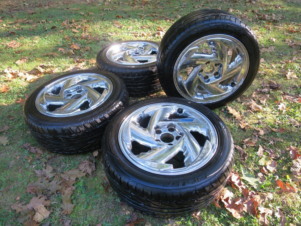 FOR SALE: 94 TT Stealth 17in Chrome wheels-img_8912.jpg